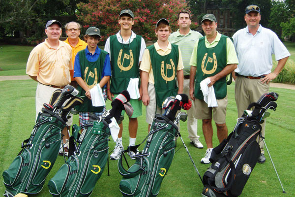 Golden Horseshoe Golf Club walking caddies